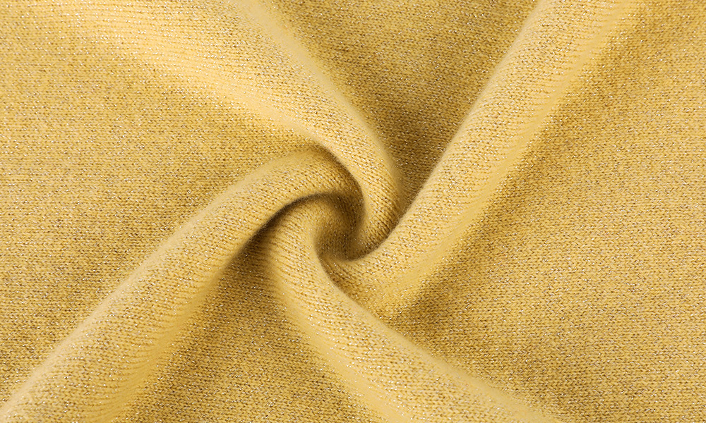 What are the characteristics of silk cotton blended fabrics